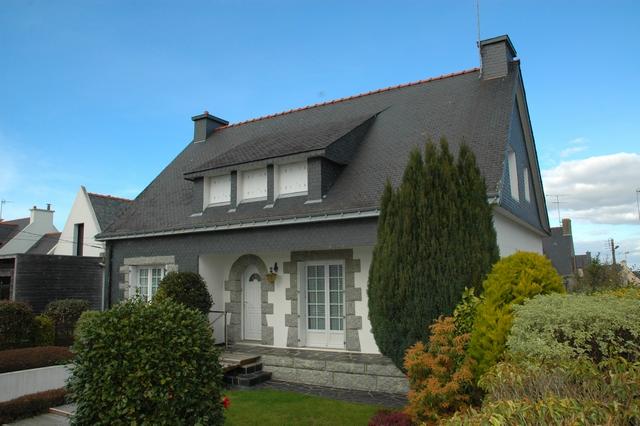 Vente  maison Ploemeur - 4 chambres - 137 m²