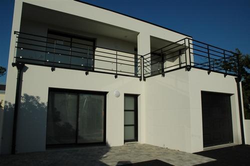 Vente  maison Larmor-Plage - 4 chambres - 155 m²