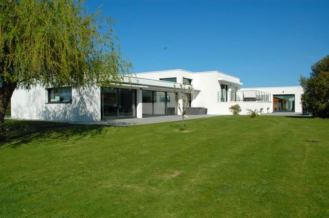 Vente  maison Guidel - 3 chambres/5 possibles - 357 m²