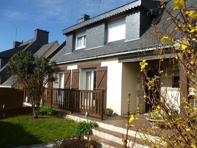 Vente  maison Ploemeur - 3 chambres - 95 m²