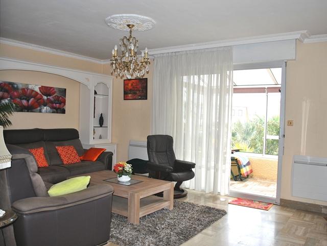 Vente  maison 5 chambres - 138 m²