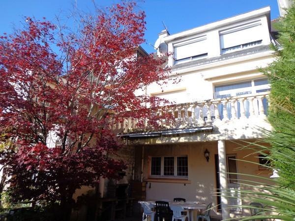 Vente  maison Lorient - 6 chambres - 242 m²