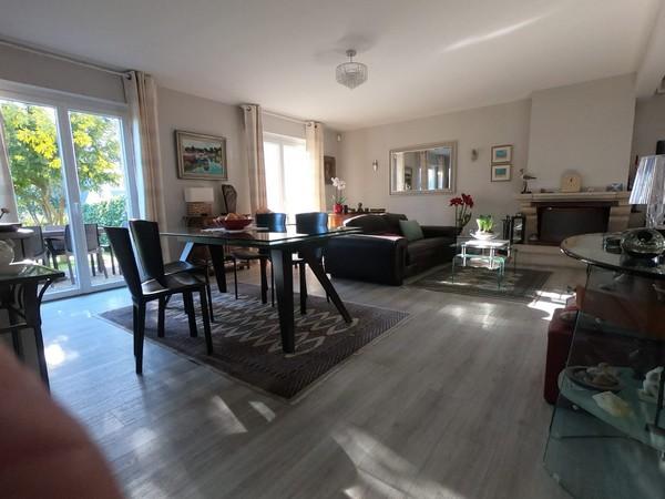 Vente  maison Larmor-Plage - 3 chambres - 140 m²
