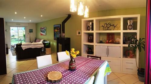 Vente  maison Monterblanc - 5 chambres - 120 m²