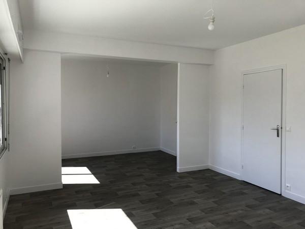 Location  appartement Lorient - 1 chambre - 67 m²