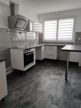 Location  appartement 1 chambre/2 possibles - 64 m²