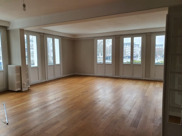 Location  appartement Lorient - 3 chambres - 176 m²