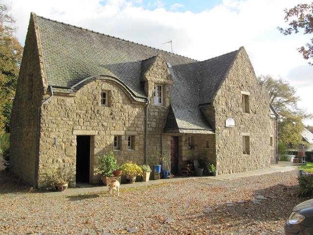 Vente  maison Hennebont - 5 chambres - 224 m²