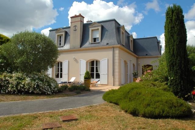 Vente  maison Larmor-Plage - 6 chambres/7 possibles - 253 m²