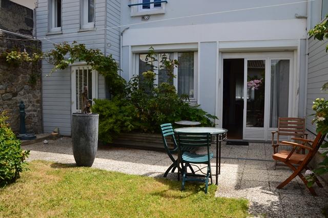 Vente  maison Lorient - 8 chambres - 197 m²