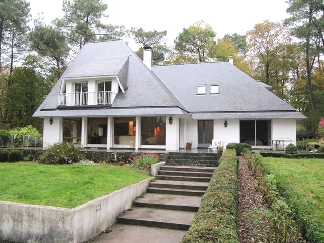 Vente  maison Hennebont - 7 chambres - 252 m²