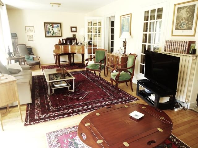 Vente  maison Lorient - 6 chambres - 211 m²