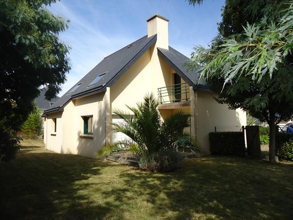 Vente  maison Ploemeur - 5 chambres - 130 m²