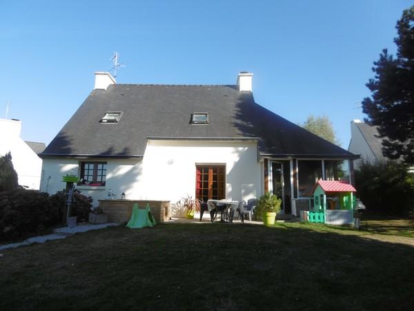 Vente  maison Ploemeur - 4 chambres - 133 m²