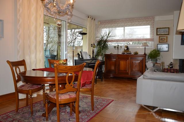Vente  maison Lorient - 6 chambres - 206 m²