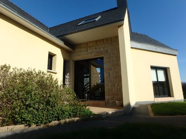 Vente  maison Ploemeur - 5 chambres - 173 m²