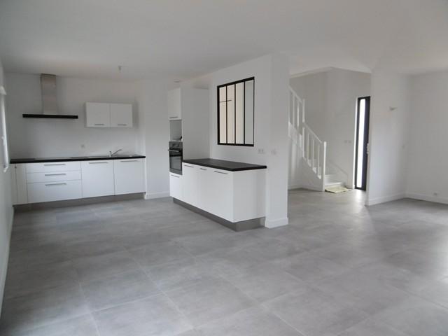 Vente  maison Ploemeur - 5 chambres - 124 m²