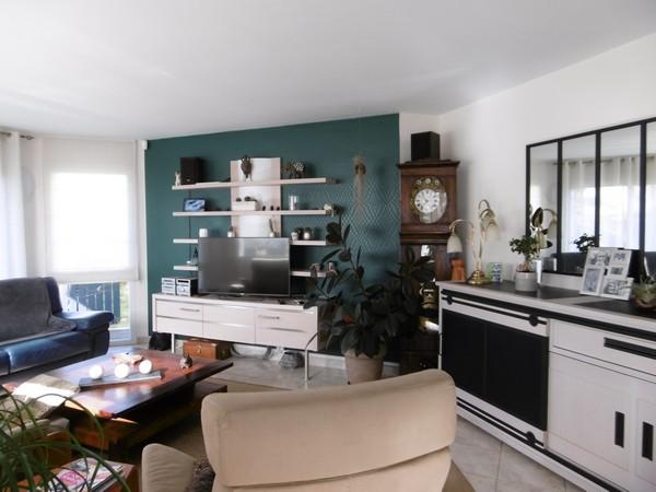 Vente  maison Ploemeur - 4 chambres - 148 m²