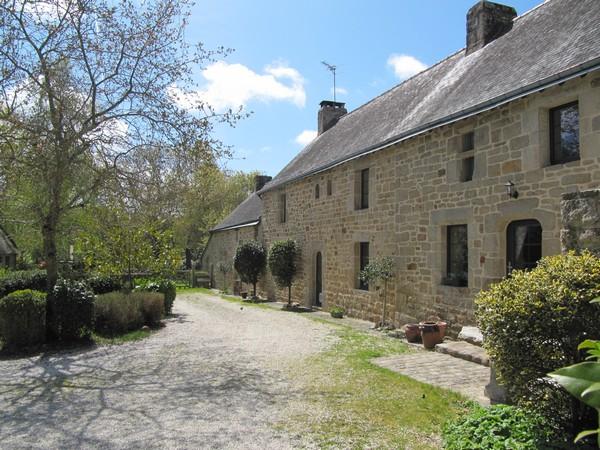 Vente  maison Merlevenez - 5 chambres - 242 m²