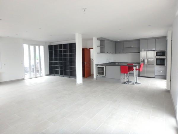 Vente  maison Lorient - 5 chambres/6 possibles - 220 m²