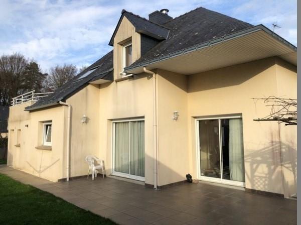 Vente  maison 5 chambres - 174 m²