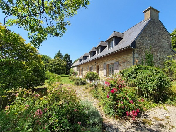 Vente  maison Lanester - 4 chambres - 220 m²