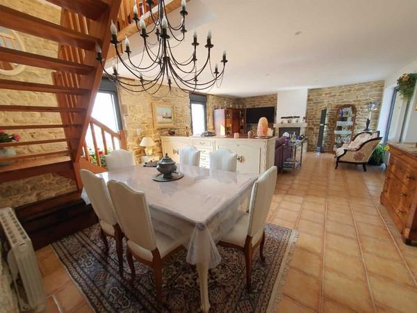 Vente  maison Locmiquelic - 2 chambres - 105 m²