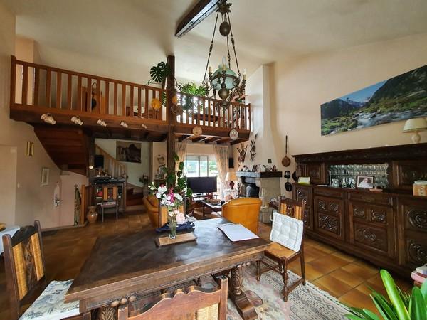 Vente  maison Hennebont - 5 chambres - 275 m²