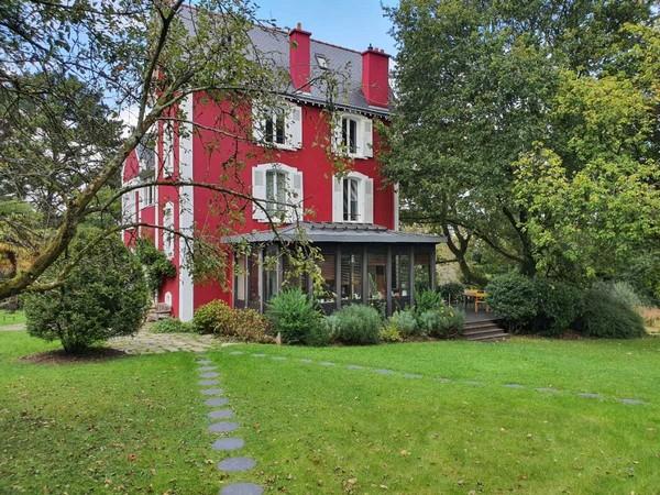 Vente  maison Hennebont - 6 chambres - 300 m²