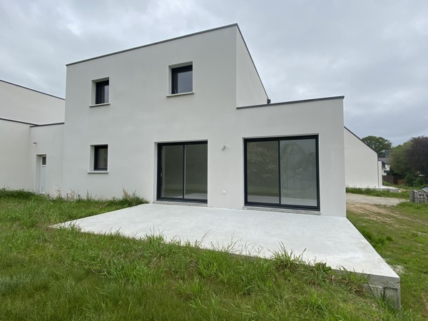 Vente  maison 4 chambres - 108 m²