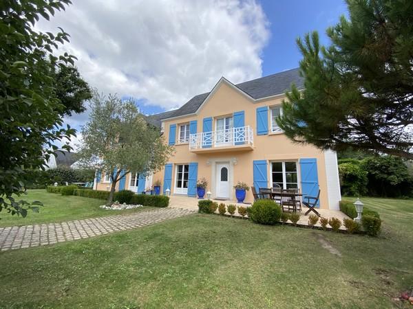 Vente  maison Vannes Ville - 6 chambres/7 possibles - 248 m²
