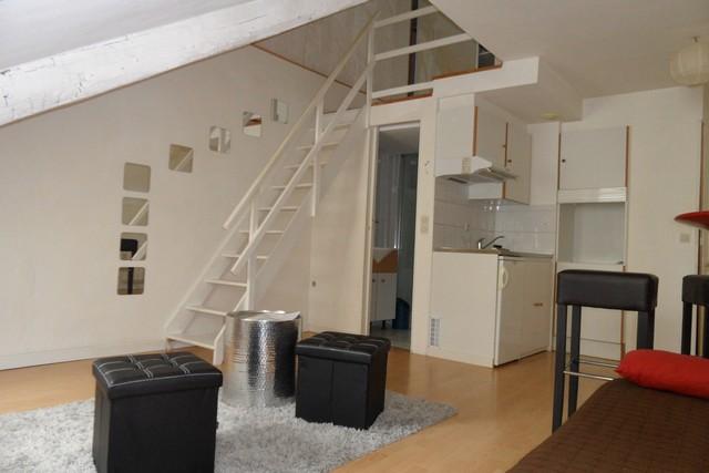 Location  appartement Vannes Ville -  - 25 m²