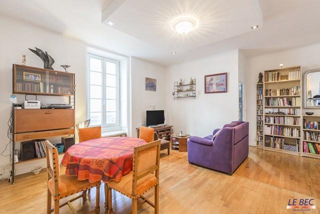 appartement louer vannes ville 2 chambres 3. Black Bedroom Furniture Sets. Home Design Ideas